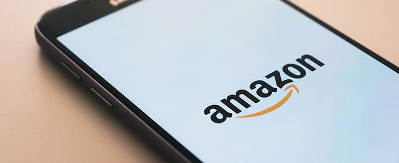 Amazons startsida på en mobilskärm